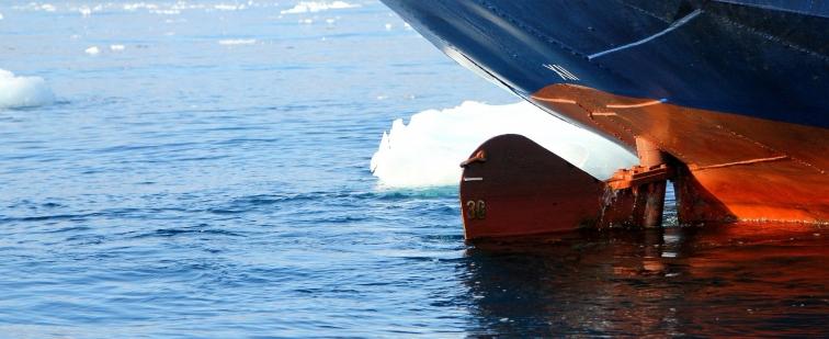 ship-470083_1920